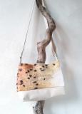 sac-beige-léopard-D-laine-feutrée-