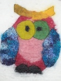 tapisserie-laine-feutrée-hibou-multicolor